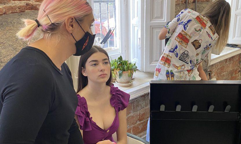 la mejor escuela de maquillaje